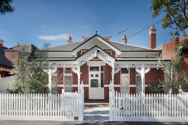 Victorian Exterior by Hindley & Co