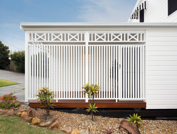 Beach Style Exterior by Jenny Ford Design