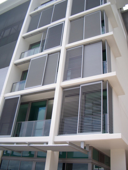 Aluminum louvers houzz for Balcony louvres