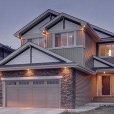 Craftsman Exterior by Look Master Builder