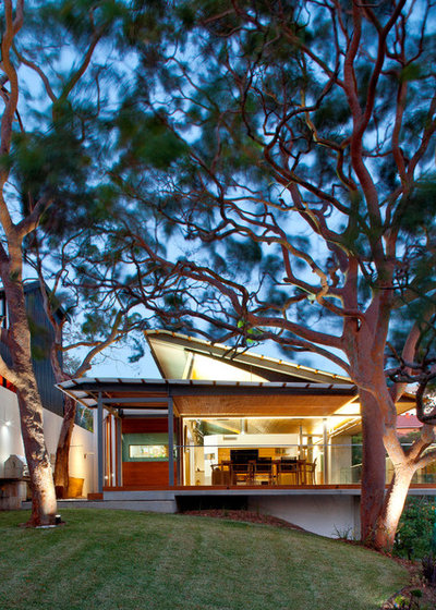 Contemporary Exterior by Richard Cole Architecture
