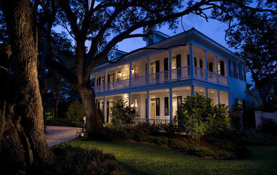 Double Front Porches Stack Up Comfort