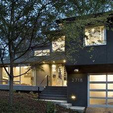 contemporary exterior by KUBE architecture