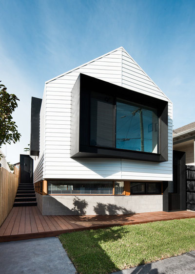Contemporary Exterior by Grundella Constructions Pty Ltd