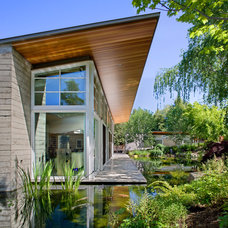 Contemporary Exterior by Turnbull Griffin Haesloop
