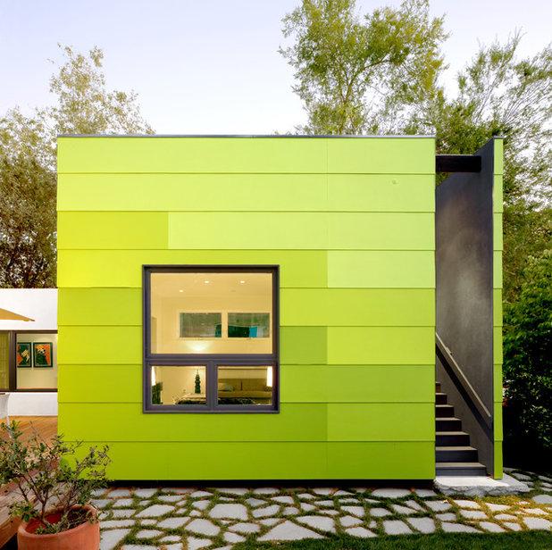 Moderno Fachada by OKB Architecture