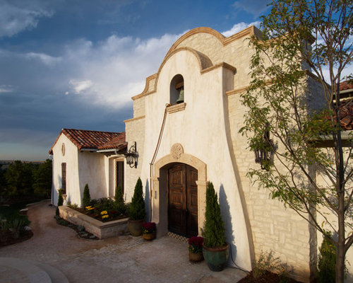 Stone and stucco homes houzz for Mission stucco