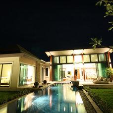 Asian Exterior by Baan WANA Pool Villas