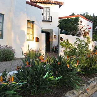 Bachelor's Spanish Home