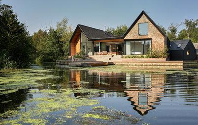 Houzz Британия: Дом на озере с собственной лагуной