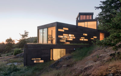Houzz Tour: San Juan Island Retreat Built for Multiple Views