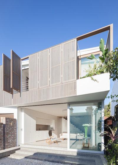 Contemporary Exterior by Benn & Penna Architecture
