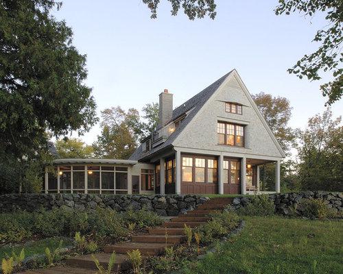 Casa su terreno in pendenza foto e idee houzz for Piani casa tetto a capanna