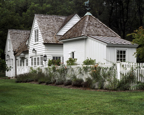 English cottage exterior home design ideas renovations for Cottage exterior siding ideas