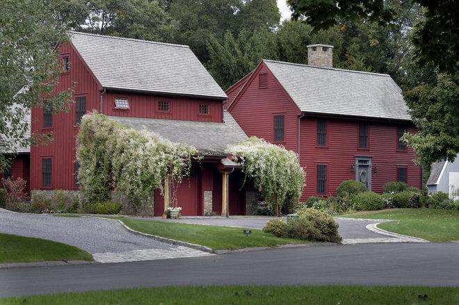 Farmhouse Exterior by Michael Piccirillo Architecture PLLC