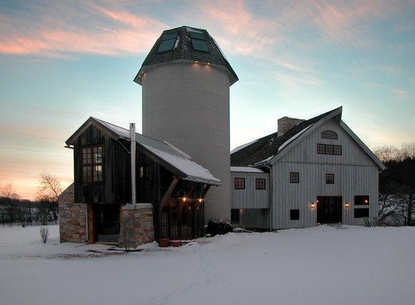 Farmhouse Exterior by GMK Architecture Inc