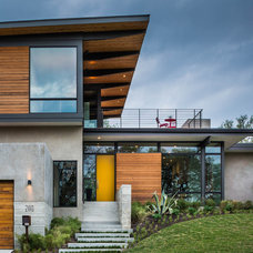 Contemporary Exterior by A Parallel Architecture