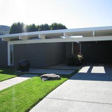 Modern Exterior Bay Area Eichlers