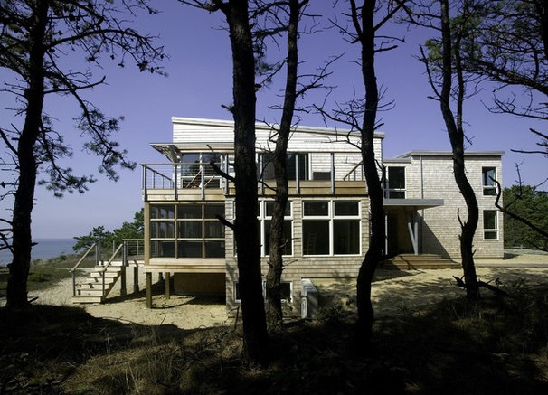 Beach Style Exterior by Hammer Architects