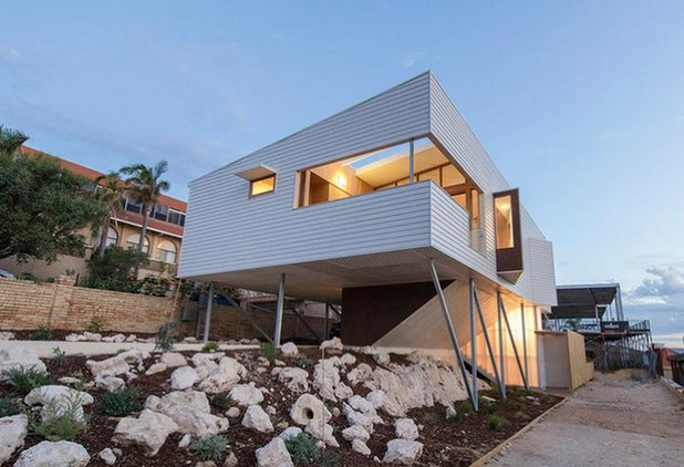 Contemporary Exterior by DAVID BARR ARCHITECTS