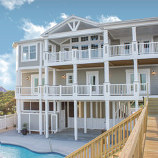 Beach Style Exterior by Carolina Bluewater Construction