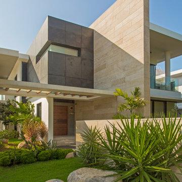 Beach House by Arvind Varuna Associates