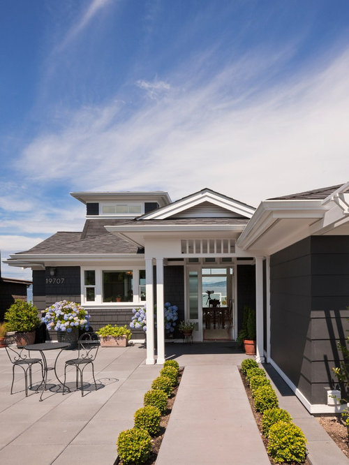 Groovy Best Black And White House Design Ideas Remodel Pictures Houzz Largest Home Design Picture Inspirations Pitcheantrous