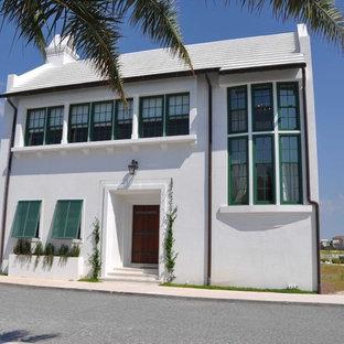 Diseño de fachada marinera, de tamaño medio, de dos plantas