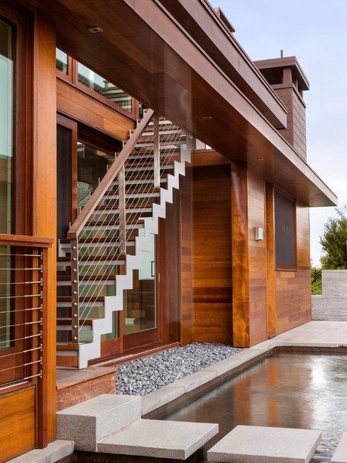 beach house exterior photos