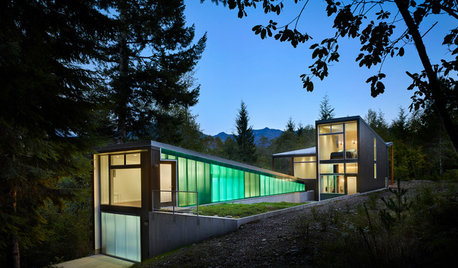 Houzz Tour: A Dramatic Mountainside Retreat With a Contemporay Feel