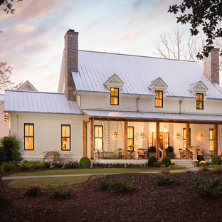 Beautiful Modern Southern Farmhouse by Steve Powell Homes