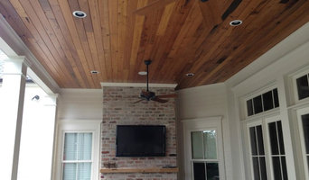 Beautiful stained T&G wood ceiling