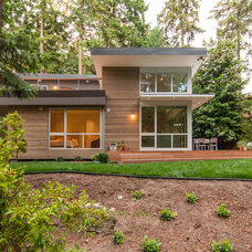 Contemporary Exterior by BUILD LLC