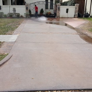 Bellaire driveway stain and seal, pressure wash and acid wash driveway first