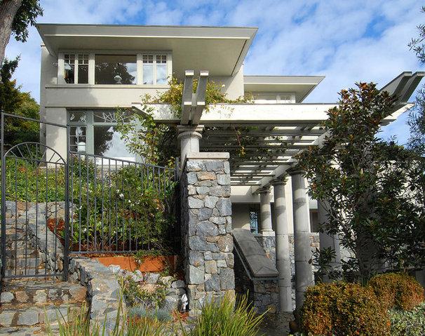 Traditional Exterior by Sutton Suzuki Architects