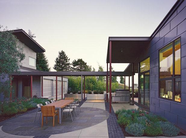 Contemporain Façade by WA Design Architects