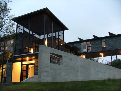 Contemporary Exterior by Burr & McCallum Architects