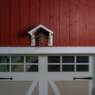 Inspiration for a mid-sized country two-storey red exterior in New York with wood siding.