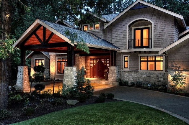 Craftsman Exterior by DME Construction