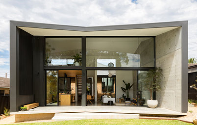 Opposites Attract in This Extension to a 1960s Bungalow