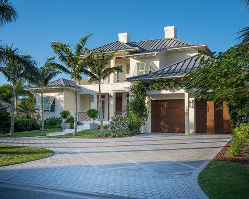 Top 100 Tropical Home Ideas & Designs | Houzz