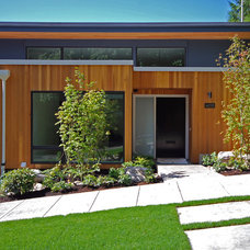 Modern Exterior by Shapiro Didway