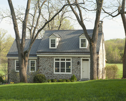 Small stone house houzz for Small stone house