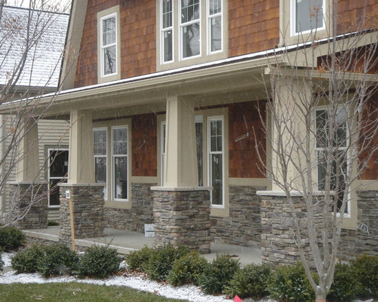 Buck county southern ledgestone houzz for Boral siding cost