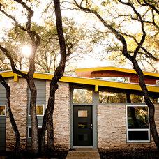 Midcentury Exterior by Chris Cobb Architecture