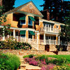 Shingle Style: Warm Home Design for Seaside to Suburb