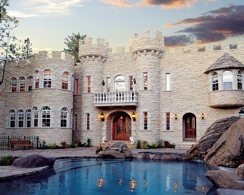 Castle style homes houzz for Castle modular homes