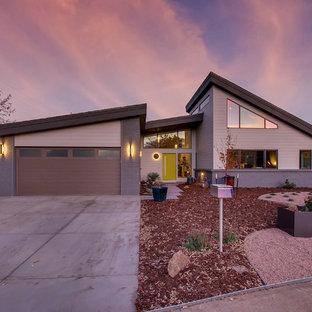 Inspiration for a midcentury modern exterior home remodel in Denver