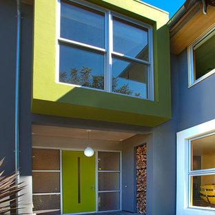 サンフランシスコのコンテンポラリースタイルのおしゃれな二階建ての家の写真