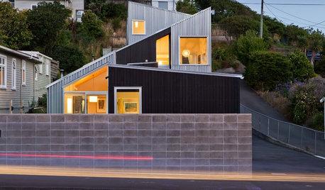 Houzzツアー:大小の家を重ね合わせた、2つの家族のための家